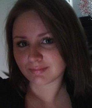 Heeela (25) aus Ahaus ist kontaktfreudig