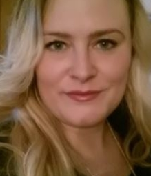 Reife Blondine sucht geile Sex Kontakte in Quedlinburg