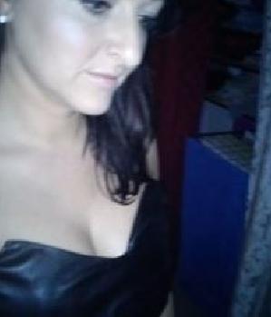 Sexkontakt gesucht? Endlosbeine (w/37) aus Plettenberg Online